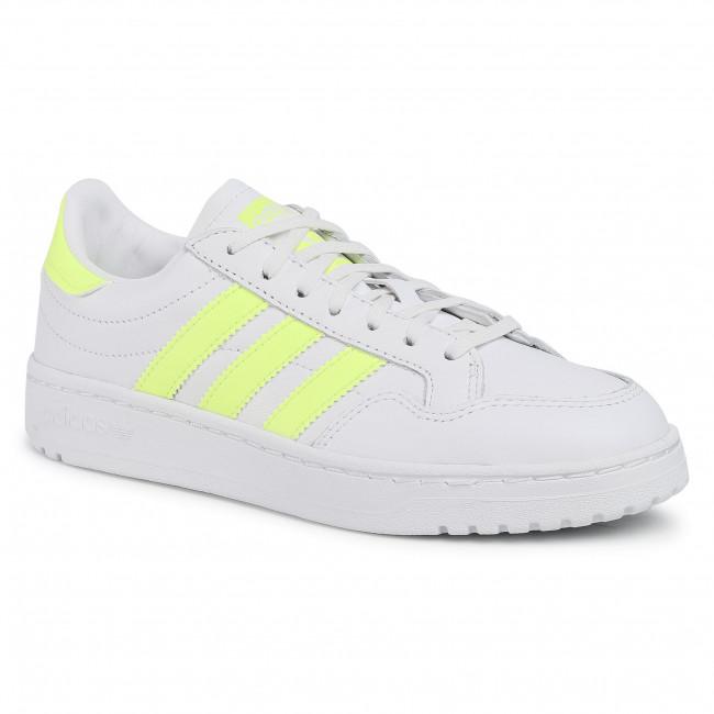 Обувки Adidas Team Court W