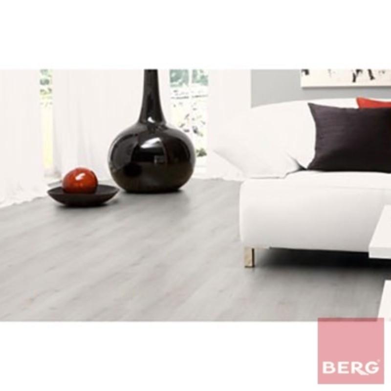 Ламиниран паркет Trend Eiche weiss 8 mm Laminate flooring D 3201 WG