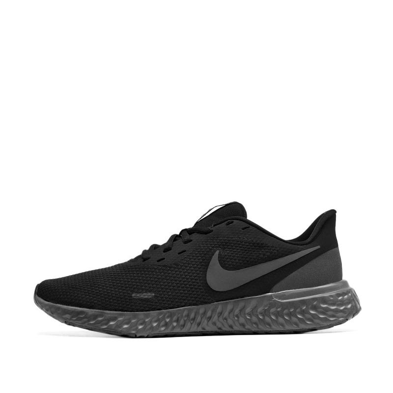 Мъжки  маратонки Nike Revolution 5