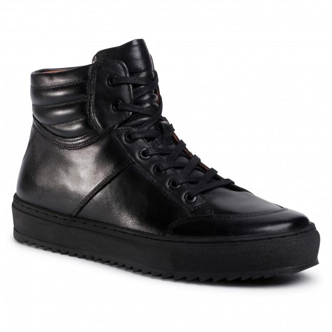 Затворени обувки GINO ROSSI